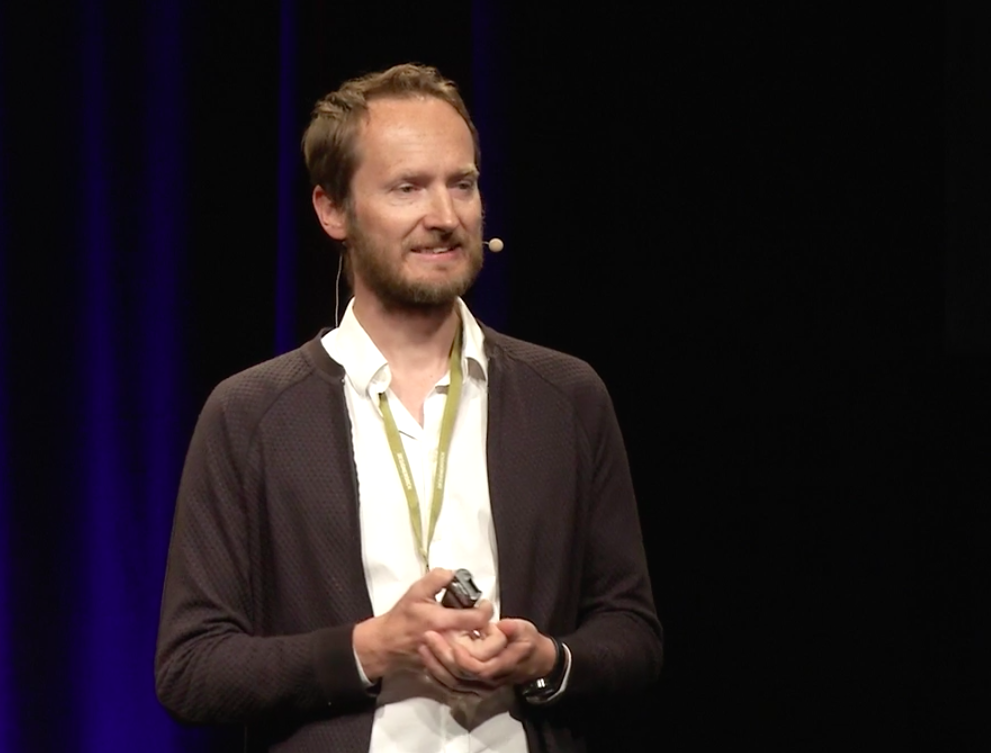 Peter Biľak: The history and future of font licensing